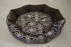 Silver Bloom Brown Dog Bed - Large