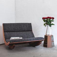 Wood Furniture Legs, Eco Furniture, Primitive Furniture, Barbie Furniture, Furniture Design, Upholstered Rocking Chairs, Bois Diy, Diy Sofa, Swinging Chair