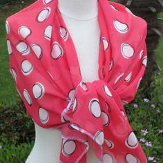 Écharpe foulard femme corail blanc et noir pois créateur lin'eva