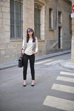 The Brunette #spritzi #fashion #blogger / Jean VERO MODA VERY via LOUNOA - Top Madame à Paris -Escarpins/Heels TARA JARMON – Veste/Jacket CLUB MONACO – Sac/Bag LONGCHAMP – Lunettes/Sunnies OAKLEY
