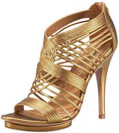 Sandalias abotinadas de piel dorada trenzada