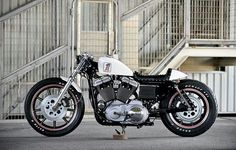 Harley Sportster cafe racer. Nice.