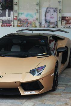 Lamborghini [Credit:Florian]