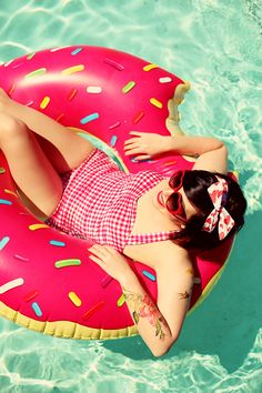 Pool Party: Donut Floats and Retro Swimsuits | Keiko Lynn