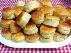 Élesztős krumplipogácsa (nagyiféle) Hamburger, Bread, Cookies, Baking, Breakfast, Food, Biscuits, Bread Making, Morning Coffee