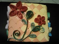 Quilling Quilling, Gift Wrapping, Cake, Desserts, Gifts, Bedspreads, Gift Wrapping Paper, Tailgate Desserts, Deserts