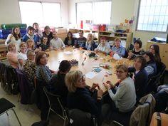 L'equip Implica't+ es reuneix per preparar la diada de Sant Jordi http://centresimplicats.blogspot.com.es/2015/04/lequip-implicat-es-reuneix-per-preparar.html