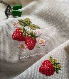 1 million+ Stunning Free Images to Use Anywhere Cross Stitch Fruit, Cross Stitch Kitchen, Cross Stitch Needles, Beaded Cross Stitch, Cross Stitch Borders, Cross Stitch Flowers, Cross Stitch Designs, Cross Stitching, Cross Stitch Embroidery