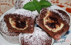 Veľmi jednoduché, chutné a rýchle muffiny:)) Sweet Desserts, Sweet Recipes, Good Food, Yummy Food, Healthy Cookies, Sweet Cakes, Desert Recipes, No Bake Cake, Baking Recipes