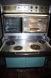 "Frigidaire Custom Imperial ""Flair"" Electric Stove/Range is in good condition! All parts worked fine when tested, even lights! Very clean. Pull-out burners tray 4 coil burners. 2 ovens - 1 full sized + 1 Dutch oven 2 storage areas Control Panel - features ""Time Signal"" clock/timer, ""Roast Thermometer"", Lamps, ""Heat Minder"", ""Speed Heat"", etc. Same model as used by Samantha in classic TV series #Bewitched 2'2"" x 3'5"" x 5'2"""