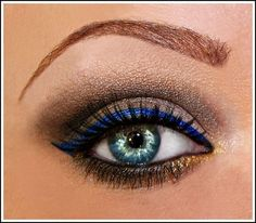 Sapphire eyeliner. Dont know if this would show up well on me but Im willing to give it a shot!