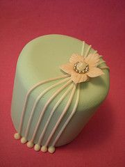asymmetrical cake decoration