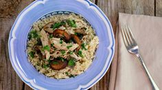 Slow Cook Yourself Skinny Chicken Stroganoff Recipe - Rachael Ray Slow Cooker Chicken Stroganoff, Stroganoff Recipe, Slow Cooker Recipes, Cooking Recipes, Crockpot Recipes, Slow Cooking, Cooking Light, Easy Cooking, Pasta Recipes