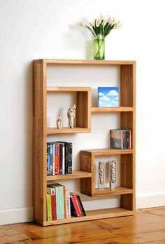 Here are a few bookshelf decor ideas along with some of the coolest and most unique bookshelves I've ever seen! Oak Bookshelves, Creative Bookshelves, Bookshelf Design, Bookshelf Ideas, Bookshelf Decorating, Modern Bookshelf, Rustic Bookshelf, Crate Bookshelf, Bookshelf Inspiration