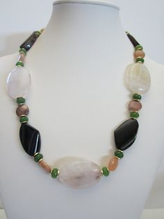Beige and Black Agate Statement Necklace. Bridal Jewelry.