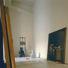 paintings and bust