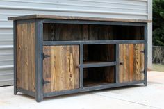 Tv Stand - This Information Will Instruct You On About Furniture Console Tv, Tv Console Design, Rustic Tv Console, Industrial Tv Stand, Vintage Industrial Furniture, Rustic Furniture, Pallet Furniture, Reclaimed Wood Tv Stand, Wood Entertainment Center