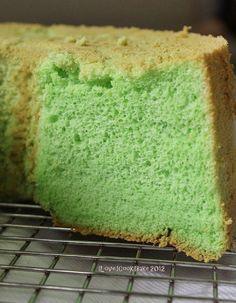 I Love. I Cook. I Bake.: Pandan Chiffon Cake