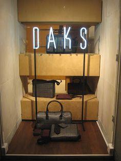 www.retailstorewindows.com: Daks, London