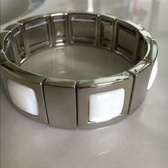 Lia Sophia bracelet Silver tone elastic bracelet with white Lia Sophia Jewelry Bracelets