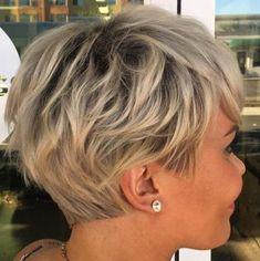 Coupe de Cheveux 2018 Court Hirsute, Hérissé de pointes, Edgy Pixie de Coupes et de Coiffures - Coupe de Cheveux
