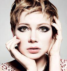 Beautiful make up.