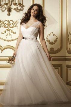 Свадебные платья для полных. Простое руководство для полных девушек размера плюс.