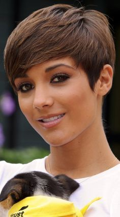 Frankie Sandford Rocks A Side-Swept Elfin Hairstyle For The Nintendo And The Dogs Trust Launch Charity, 2011 African Hairstyles, Pixie Haircut, Hairstyles Haircuts, Cool Hairstyles, Hairstyle Short, Emo Girl Hairstyles, Latest Hairstyles, Frankie Sandford Hair, Hot Hair Styles