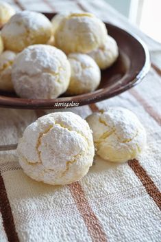 Desserts Around The World, Biscuits, Biscotti Cookies, Cake & Co, Cooking Recipes, Healthy Recipes, Cannoli, Lemon Recipes, Biscuit Recipe