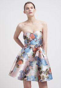 Chi Chi London - Vestido informal - pink flower