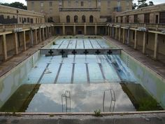Abandoned Huey Long Pool at LSU...this makes me sad, spent 4 yrs lifeguarding and teaching swimming here!