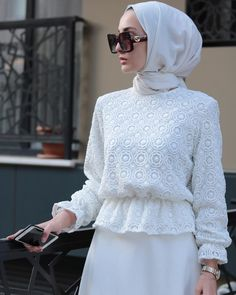 Style hijab party 49 new Ideas Hijab Style Dress, Modest Fashion Hijab, Hijab Look, Modern Hijab Fashion, Abaya Fashion, Muslim Fashion, Fashion Dresses, Hijab Casual, Hijab Chic