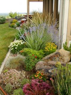 51 stunning spring garden ideas for front yard and backyard landscaping - HomeSpecially Succulent Landscaping, Landscaping With Rocks, Outdoor Landscaping, Landscaping Ideas, Backyard Ideas, High Desert Landscaping, Pool Ideas, Front Yard Landscaping Plans, Desert Backyard