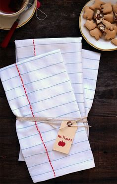 DIY Notebook tea cloths - perfect for that back to school teacher gift.