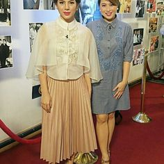 with ・・・ Luane Dy in a cape barong and Lyn Ching in a embroidered chambray barong dress at today's presidential inauguration! Modern Filipiniana Gown, Filipino Fashion, Philippines Fashion, Traditional Dresses, Dress Collection, Evening Dresses, Ball Dresses, Presidential Inauguration, Fashion Dresses