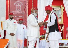 Shriji Arvind Singh Mewar of Udaipur, Chairman and Managing Trustee, Maharana of Mewar Charitable Foundation (MMCF) presenting Rana Punja Award to Mr. Laxman Lal Damor   Venue: The Manek Chowk, The City Palace, Udaipur  Know more about awards - http://www.eternalmewar.in/collaboration/awards/index.aspx  #MMFAA2016 #MMFAA #MMCF #Awards #MaharanaOfMewarCharitableFoundation #MaharanaMewarFoundationAnnualAwards #UdaipurAwards #EternalMewar #Mewar #Udaipur #Rajasthan #India