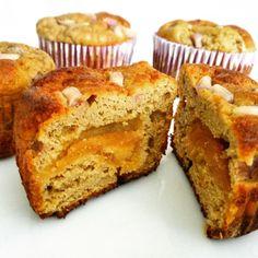 Avokádo se u nás používá málo, ale zejména v Americe se těší neskutečné oblibě. Když z tohoto ovoce uděláte muffiny, inspiraci zaoceánskou kuchyní nezapřete. Aby košíčky líp zapadaly do fitness stylu, použila jsem ovesnou mouku, nízkotučné mléko a přidala ještě proteinový prášek. 20 Min, Food And Drink, Breakfast, Fitness, Diet, Morning Coffee