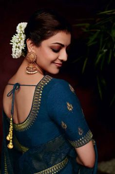 Kajal Aggarwal in saree photos. Kollywood actress Kajal Aggarwal photoshoot stills in saree. Simple Sarees, Trendy Sarees, Kajal Agarwal Saree, Saree Poses, Saree Photoshoot, Photography Poses Women, Saree Look, Beauty Full Girl, Indian Beauty Saree