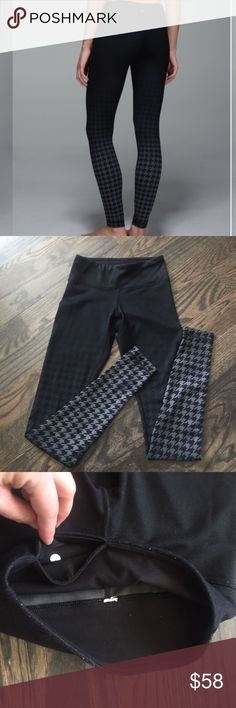 Lululemon Giant Houndstooth Wonder Under legging 2 Lululemon Wonder Under leggings in a great print - they are a black to charcoal dip-dye which has a graduated bee effect with giant horse tooth pattern. Fabric is full-on luon. Has hidden pocket at waist. These are gently used and have some linting/piling at the waist, see close-ups. The fabric itself is a tiny bit fuzzy, but only noticeable at waist. Rare pattern that is so much more fun than plain black yet suitable for dressing up a bit…
