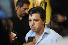 Marcelo Gallardo empieza a diagramar: ¿quién se queda y quién se va de River? Deben avanzar con el tema refuerzos y definir la situación de algunos jugadores. Ponzio renovará. Fuente ... http://sientemendoza.com/2017/01/03/marcelo-gallardo-empieza-a-diagramar-quien-se-queda-y-quien-se-va-de-river/