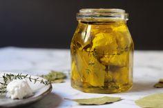 Dívány - Offline - 20 kedvenc téli leves a hideg napokra Ciabatta, Mason Jars, Food, Essen, Mason Jar, Meals, Yemek, Eten, Glass Jars