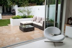 Rustic Landscaping, Garden Landscaping, Patio Design, Garden Design, Terrace Garden, Courtyard Gardens, Back Gardens, Garden Inspiration, Garden Ideas