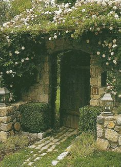 A secret garden. It would be so cool to have one of these.