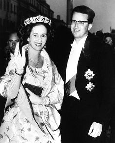 | QUEEN FABIOLA'S SPANISH WEDDING GIFT TIARA |When Spain's Doña Fabiola de Mora y Aragón married Belgium's King Baudouin in 1960, she received a tiara from the Spanish government. This isn't the only royal tiara out there presented by General Franco. | H.M. Queen Fabiola of The Belgians, née de Mora y Aragón of The Marquesses de Casa Riera (1928-2014) wearing the QUEEN FABIOLA'S SPANISH WEDDING GIFT TIARA |