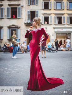 View Dress - Sans Pareil Collection 2017: V-006 | SansPareil Evening
