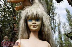 Island-of-the-dolls5