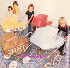 SOCÍK STYLE-Ostalgia: HRAČKY ČSSR č.3:DIEVČENSKÉ HRAČKY ČSSR Vintage Pram, Retro Vintage, Prams And Pushchairs, Misfit Toys, Dolls Prams, Retro Ads, Dollhouse Furniture, Best Memories, Childhood Memories