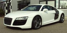 If I EVER get the money, I WILL have this car lol....Audi R8-or Fifty can buy me one hahaha