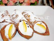 Image result for cannoli ricetta