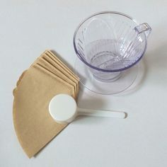 Coffee Dripper for 2-4 Cups with Spoon and 5 Filters : I'm a barista at Home #Daiso